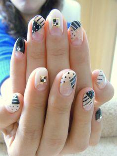 斬新☆ モノトーンで柄MIXのオシャレネイル☆の画像 | 京都・今出川のプライベートネイルサロン bliss nail(ブリスネ…
