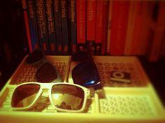 "Sunglasses ""Oakley Frogskin Limited Edition 4-leggend"" - ""Von Zipper Elmore Facemelt"" - ""Oakley Holbrook Limited Edition STPL"""