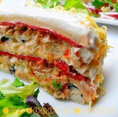 Con sabor a canela: Pastel salado de salmòn, surimi y atún Sandwiches, Snacks, Recipes, Quiches, Food, Kitchen, Canela, Salmon Cakes, Tortilla Pie