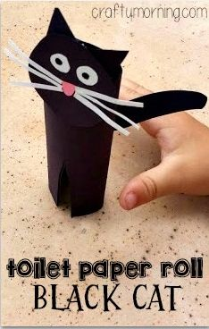 Easy Black Cat Toilet Paper Roll Craft #Halloween craft for kids | CraftyMorning.com
