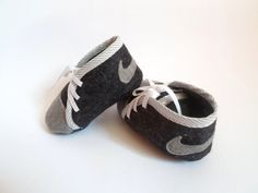 Baby boy NIKE felt shoes, baby boy gift, Baby handmade shoes – Baby For look here Felt Baby Shoes, Baby Boy Shoes, Boys Shoes, Baby Boy Outfits, Baby Boy Nike, Boys Nike, Baby Boy Gifts, Gifts For Boys, Baby Kind