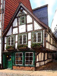 'Fachwerkhaus in Schwerin' von Dirk h. Wendt bei artflakes.com als Poster oder Kunstdruck $18.03