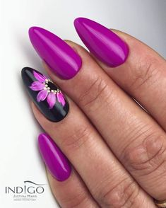 Purple black floral nail art ideas in 2019 acrylic nails, gel nails, pretty Fabulous Nails, Perfect Nails, Gorgeous Nails, Pedicure Designs, Nail Art Designs, Acrylic Nails, Gel Nails, Nagel Blog, Purple Nails