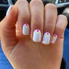 Totally Hip Summer Nail Designs Your Friends Will Envy Funky Nails, Cute Nails, Pretty Nails, Dot Nail Art, Polka Dot Nails, Nagellack Design, Blue Nail, Yellow Nails, Shellac Nails