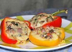 Sweet pepper stuffed with / Culinary Universe Gourmet Cooking, Cooking Recipes, Stuffed Sweet Peppers, Stuffed Mushrooms, Tasty Dishes, Side Dishes, Baby Food Recipes, Snack Recipes, Snacks
