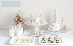a little delightful: mini christmas dessert table