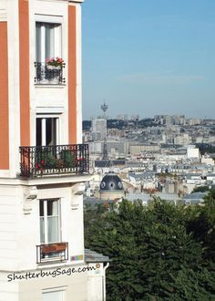 Apartment Bldg by Sacre Coeur
