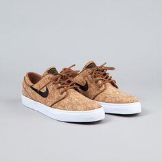 Nike SB Stefan Janoski Elite Shoes (Cork) - Ale Brown / Black / White