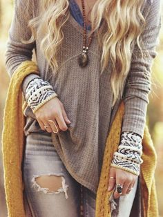 Boho Fall Fashion For the BEST fall fashion trends follow https://www.pinterest.com/happygolicky/fall-fashion-best-fall-trends-fall-fashion-jewelry/ now