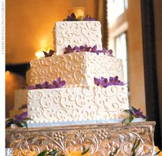 image of traditional wedding cakes curvy plus size model curvy amp plus size 16315