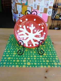 Snowflake Plate #pottery #colormemineboulder