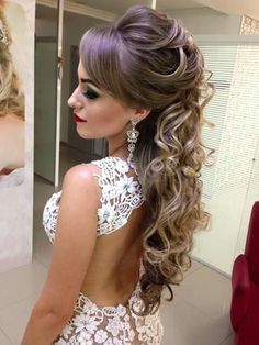 46 ideas for bridal veil styles makeup Wedding Hair Down, Wedding Hair And Makeup, Bridal Braids, Bridal Hair, Loose Hairstyles, Bride Hairstyles, Maquillage On Fleek, Bridesmade Hair, Medium Hair Styles