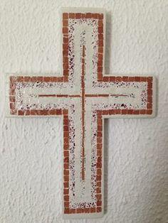 όμοιος με τους άλλους σταυρούς.