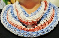 I made this lovely Patriotic Cowl on my oval knitting loom.