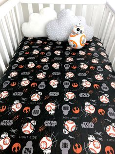 Star Wars BB8 baby sheet, The last Jedi Star Wars crib sheet, Star Wars nursery crib sheet, Star Wars Crib sheet made from premium quality 100% cotton fabric with french seams and encased continuos elastic around the entire sheet. It fits a standard crib matress 28 x 52 inches 4 to