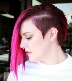 30 Stylish Two Tone Hair Color Ideas — Best Combinations! Check more at http://hairstylezz.com/best-two-tone-hair-color-ideas/