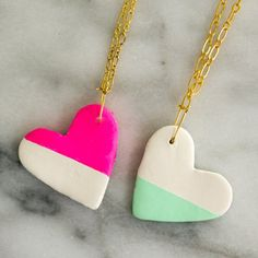Cute little color blocked heart necklaces for you to make for all your BFF's this year. An easy project using air dry clay and craft paint.