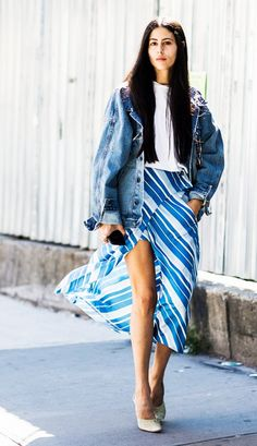 Your go-to summer outfit: Denim Jacket + T-Shirt + Striped Skirt