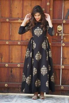Buy online Dresses - Black block printed cotton maxi dress from Jharonka Stylish Dresses, Casual Dresses, Fashion Dresses, Hijab Fashion, Casual Wear, Formal Dresses, Indian Gowns Dresses, Pakistani Dresses, Bridal Dresses