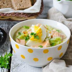 Soupe de millet au saumon, poireaux et à l'œuf dur