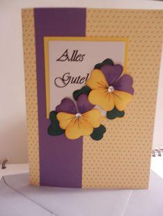 Für Uli zum Geb. Tag 2016. Blüten aus Tonpapier, eingefärbt mit Stempelfarbe und gebogen. Idee von Pinterest.