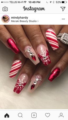 That accent nail is everything! Really pretty Christmas inspired look. – Siny Schutte That accent nail is everything! Really pretty Christmas inspired look. That accent nail is everything! Really pretty Christmas inspired look. Xmas Nails, Red Nails, Love Nails, Pretty Nails, Red Glitter Nails, Christmas Nails Glitter, Christmas Nail Art Designs, Holiday Nail Art, Fancy Nails