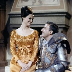 ♥YSL costumes for movies - Peter Sellers & Claudia Cardinale Claudia Cardinale, Panthères Roses, Givenchy, Yves Saint Laurent, Dior, Blake Edwards, Chanel, Italian Beauty, Movies