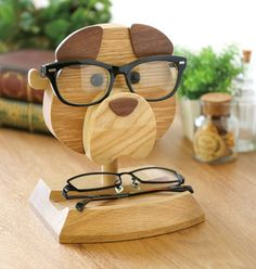 Intarsia Woodworking How To Make Glasses holder.like more scentofwood for daily posts. Tag your friends who love wood working. Woodworking How To Make Glasses holder.like more scentofwood for daily posts. Tag your friends who love wood working. Awesome Woodworking Ideas, Woodworking Inspiration, Cool Woodworking Projects, Woodworking Techniques, Woodworking Furniture, Woodworking Organization, Intarsia Woodworking, Router Woodworking, Fine Woodworking