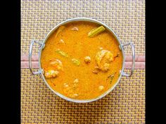 Kolambi Rassa- Konkani Prawns Curry is an authentic recipe from Konkan coastal of Maharashtra, India. This unusual combination of prawns with potatoes and juicy drumsticks makes this gravy very delectable! Curry Recipes, Fish Recipes, Seafood Recipes, Indian Food Recipes, Healthy Recipes, Ethnic Recipes, Healthy Food, Dinner Recipes, Prawn Curry