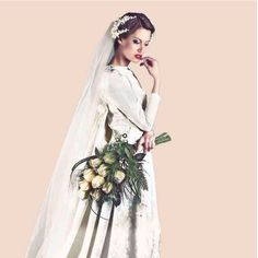 #ramo de #novia #vintage con impresionantes rosas caramel y abalorios de cristal