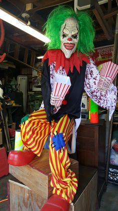 Scary Carnival, Creepy Circus, Halloween Circus, Halloween Queen, Scary Clowns, Outdoor Halloween, Halloween 2017, Halloween House, Halloween Party