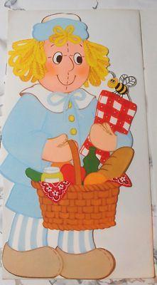 "1974 Hallmark Cards Doll Book ""Henny's Picnic"" - Raggedy Ann & Andy"
