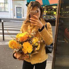 Yellow Jeanne Damas