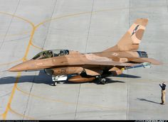U.S. Navy | General Dynamics F-16B Fighting Falcon | 920459 / 05 (cn DH-13) | TopGun