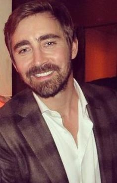 #LeePace at the after-party for the Toronto premiere of The Hobbit: The Battle of the Five Armies, Dec. 6, 2014.
