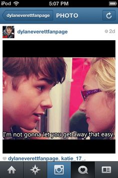 Olivia scriven and Dylan Everett on degrassi as maya matlin and Campbell Saunders Dylan Everett, Justin Kelly, Tv Couples, Make It Through, Favorite Tv Shows, I Can, Movie Tv, Let It Be, Maya