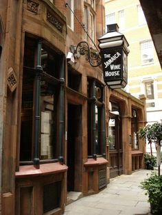 Jamaica Coffee House London | Jamaica Wine House, St Michael's Alley, EC3 ... | British Pubs & Sig ...