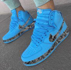 51 Women Sport Shoes To Wear Asap shoes womenshoes footwear shoestrends 589127194989528270 Sneakers Mode, Sneakers Fashion, Sneakers Workout, Converse Sneakers, Casual Sneakers, Zapatillas Nike Cortez, Jordan Shoes Girls, Nike Shoes Air Force, Hype Shoes