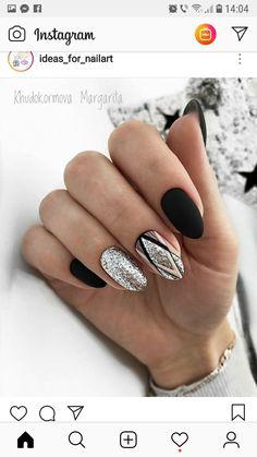 Pin by Alma Hurtado on Nails in 2019 Cute Nails, Pretty Nails, Hair And Nails, My Nails, Oval Nails, Stylish Nails, Fabulous Nails, Black Nails, Nail Manicure
