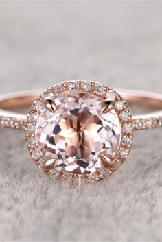 Rose gold morganite engagement rings - vintage, classic and unique. Pear or oval shaped morganite engagement rings. Cool Wedding Rings, Wedding Rings Rose Gold, Wedding Ring Designs, Wedding Rings Vintage, Vintage Engagement Rings, Wedding Rustic, Rustic Weddings, Gold Wedding, Diy Wedding