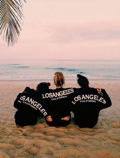 beach, los angeles, and california image Videos Instagram, Photo Instagram, Photos Bff, Beach Photos, Beach Vibes, Summer Vibes, Tumblr Beach Pictures, Voyager C'est Vivre, Koko Kardashian