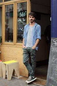 Charming Urban Clothing Style Ideas 4 Stunning Useful Tips: Urban Fashion Male Shoes urban cloth crop tops. Look Camisa Jeans, Lässigen Jeans, Casual Jeans, Men Casual, Casual Styles, Dress Casual, Urban Apparel, Fashion Male, Fashion Models