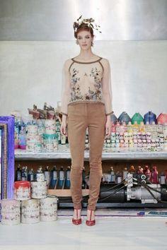 7. - Jan Taminiau showt nieuwe collectie voor de wereldse vrouw  - Nieuws - Fashion 2016
