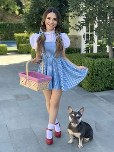 Rosanna Pansino as 'Dorothy' and Blueberry Muffin as 'Toto' from the Wizards of Oz