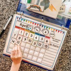 Our Homeschool Day: Preschool Busy Binder - Arrows & Applesauce Kindergarten Circle Time, Kindergarten Calendar, Calendar Activities, Classroom Calendar, Kids Calendar, Homeschool Kindergarten, Preschool Classroom, Autism Classroom, Classroom Setup