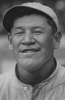Famous Baseball Players, Nfl Football Players, American Athletes, American Sports, Native American Tribes, Native American History, Native Americans, American Indians, Jim Thorpe