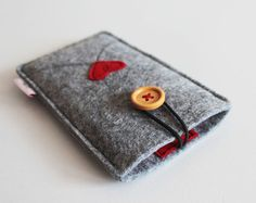Iphone Case Felt, Smartphone Case, Iphone Sleeve Felt, Heart Applique, Felt Smartphone Sleeve, Iphone Accessories, Phone Accessories, Custom