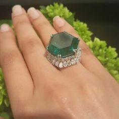 What will the next chapter be for the legendary Stotesbury Emerald? It hits the Magnificent Jewels auction block tomorrow in NYC… Emerald Jewelry, High Jewelry, Diamond Jewelry, Jewelry Rings, Silver Jewelry, Vintage Jewelry, Jewelry Accessories, Jewellery, Emerald Rings
