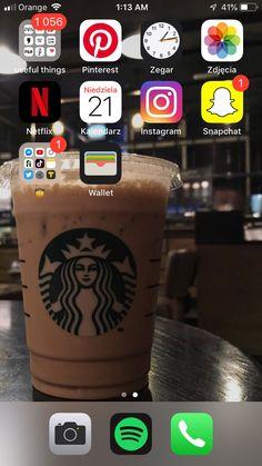 Organize Apps On Iphone, Cute Home Screens, Supreme Iphone Wallpaper, Iphone App Layout, Ideas Para Organizar, Phone Organization, Starbucks, Homescreen, Iphone Cases