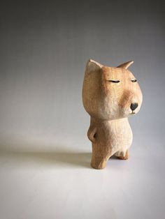 Diy Projects Using Wood, Fox Stuffed Animal, Wood Carving Designs, Art Carved, Ceramic Animals, Bear Art, Animal Decor, Whittling, Wood Toys